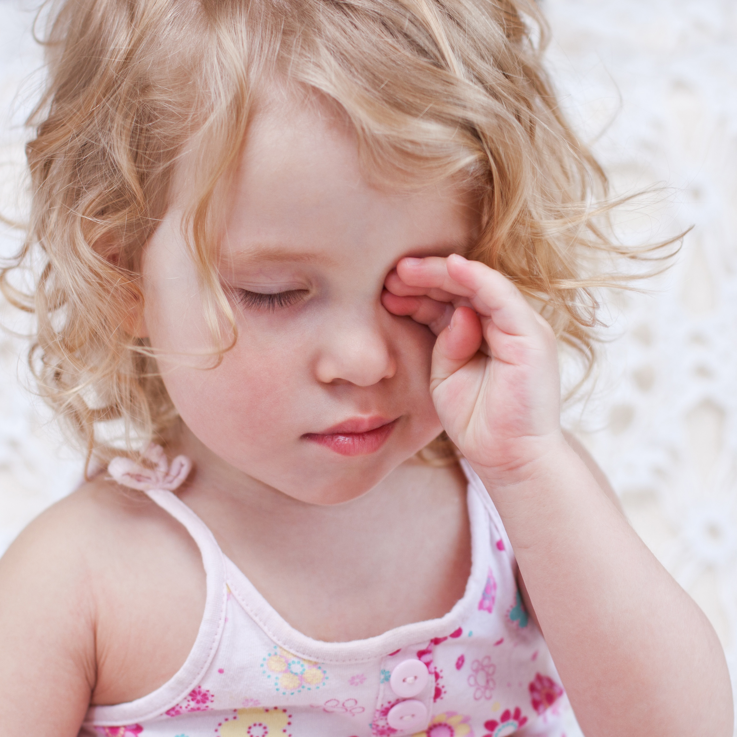 7 frequently asked questions about pink eye