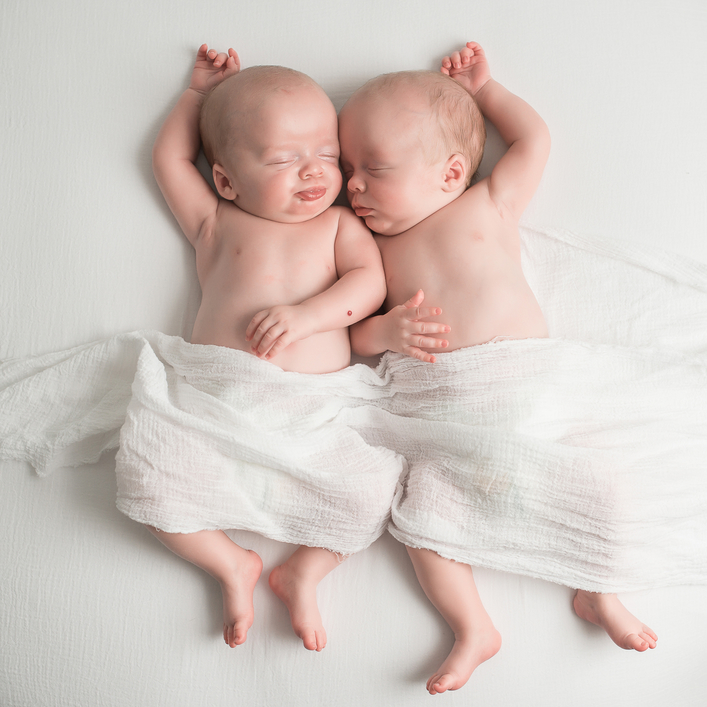 7 Tips For Parenting Newborn Twins