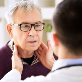 Know the symptoms of head and neck cancer