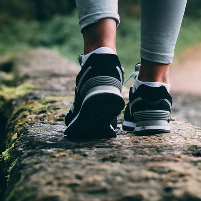 prevent diabetic foot pain