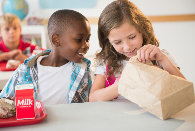 Tips for packing healthy school lunches