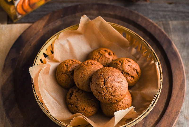 Homemade ginger cookies in a bowl.